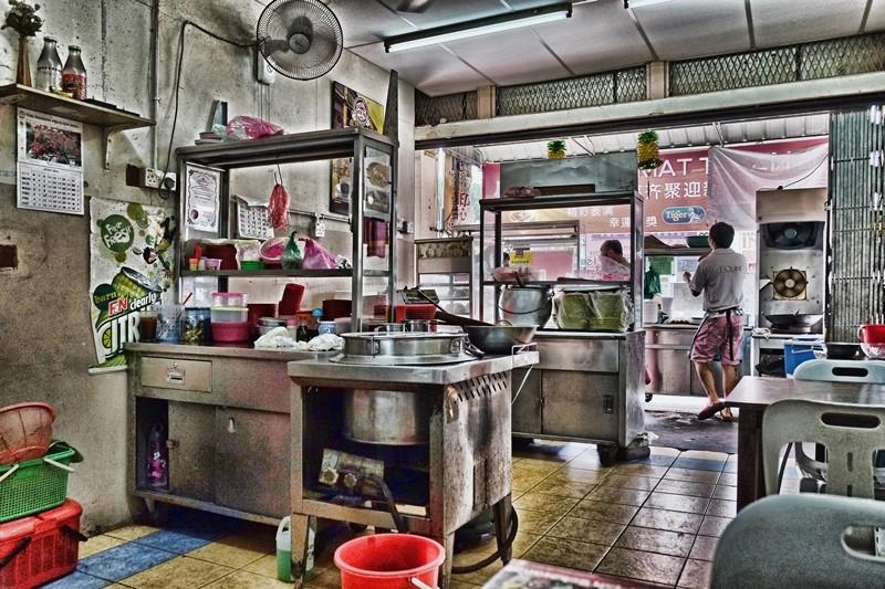 Eating area Sin Hwa Coffee Shop, Penang